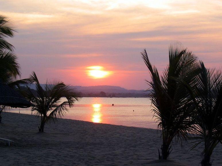 Lake Malawi no copyright photographer  Jack Curran