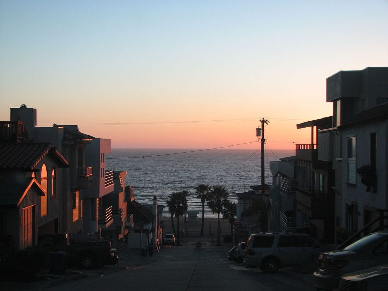 Manhattan beach no copyright photographer Lars0001