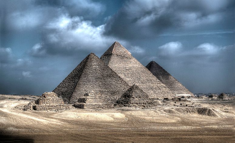 Giza_Necropolis no copyright photographer Yasser Nazmi